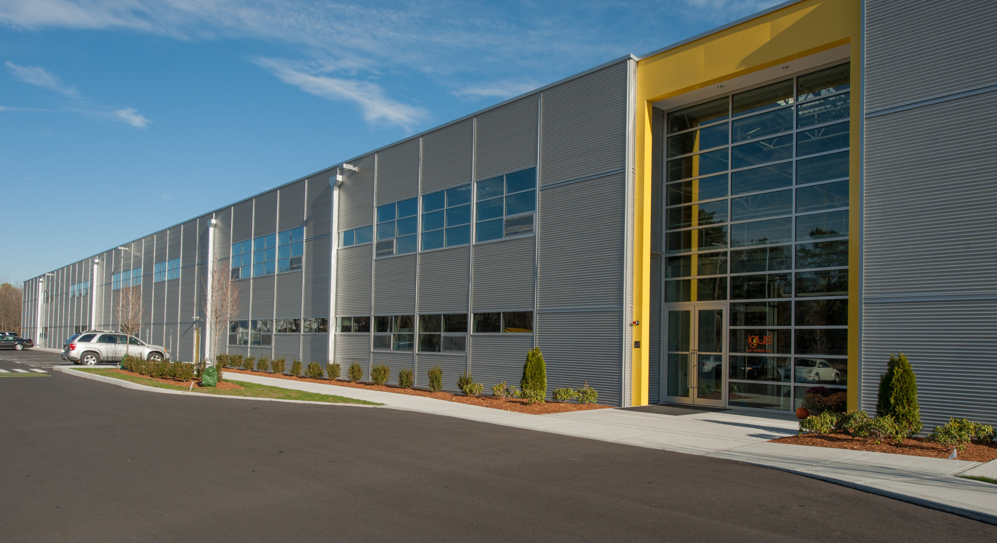 Igus Headquarters And Distribution Facility Canam Buildings