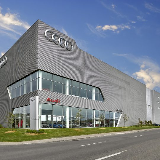 Audi Anjou Dealer